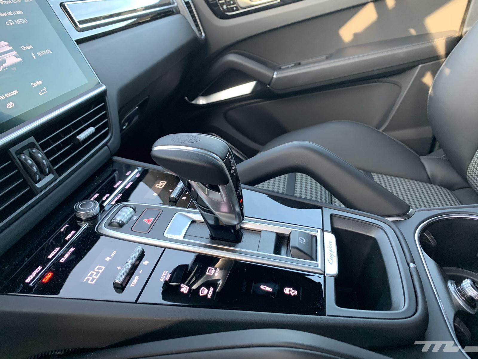 Foto de Porsche Cayenne Coupé Turbo (prueba) (34/42)