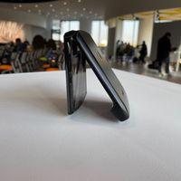 Consiguen romper la bisagra del Motorola Razr tras 27.000 cierres: menos de la mitad de lo que aguantó el Galaxy Fold