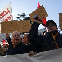 La pelea por las pensiones es generacional: así estamos transfiriendo rentas de jóvenes a mayores