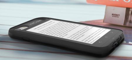 Esta funda pone una pantalla de e-ink en la trasera de tu iPhone 7