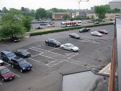 Encontrar un sitio libre para aparcar a través del móvil