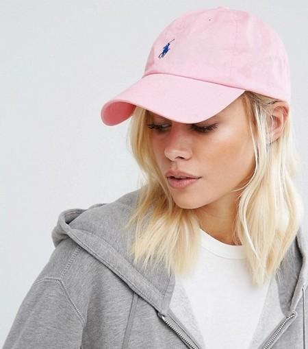 Esta gorra rosa de Polo Ralph Lauren puede ser tuya por 27 9e971f81723