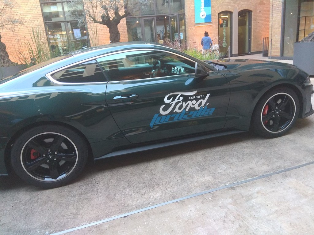 Ford lanza Fordzilla, su equipo de simracing
