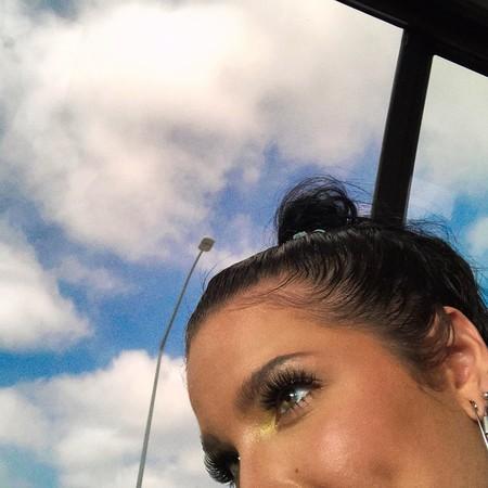 La cantante Halsey y sus infinitas propuestas de maquillaje (de fantasía) podrían convertirse en tu próxima obsesión