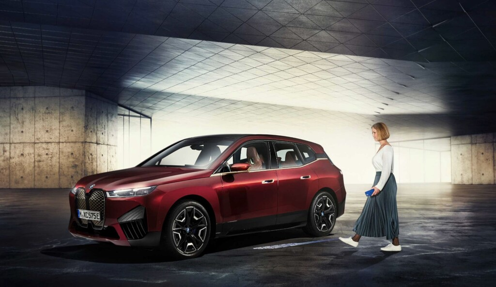 BMW anuncia la evolución de Car Key con la que podremos abrir nuestro coche sin sacar el iPhone del bolsillo
