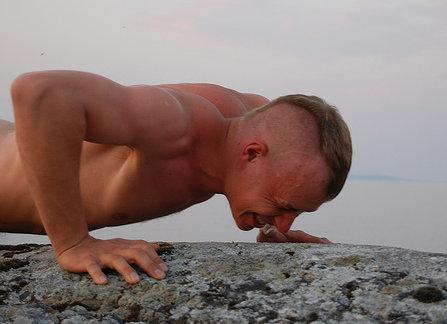 Moderar y fraccionar el consumo de proteínas favorece más el desarrollo muscular