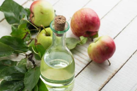 El vinagre ¿suma calorías a tu ensalada?