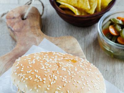 Jitomates rellenos de atún, hamburguesas para todos y mucho más en Directo al Paladar México