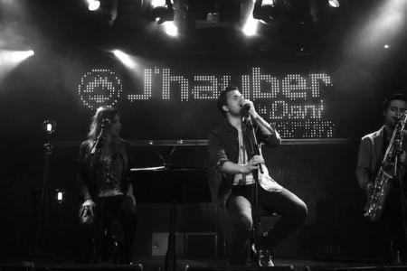Dani Martín no sólo canta (y actúa), también diseña