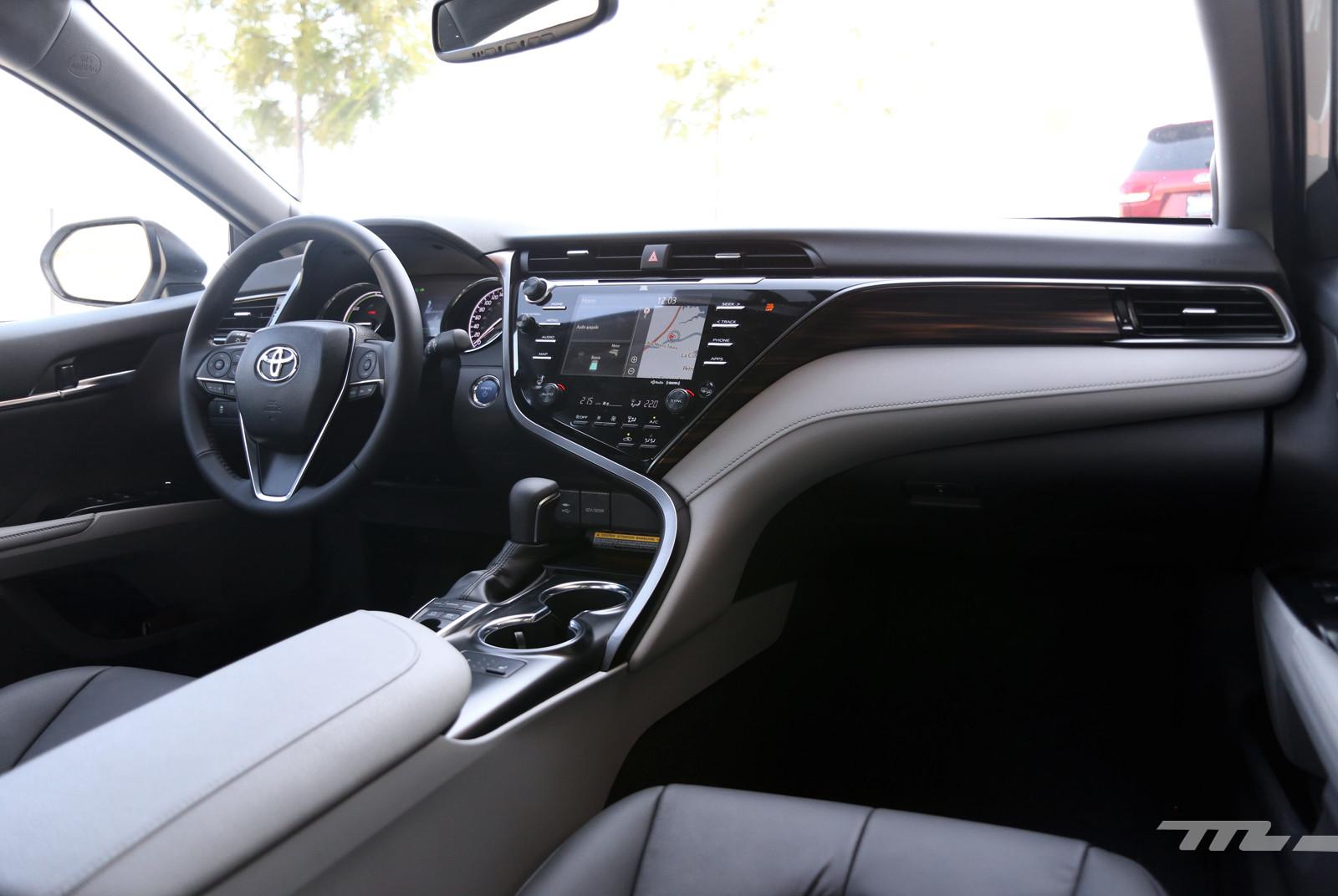 Foto de Toyota Camry Hybrid (prueba) (10/21)