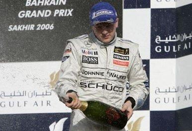 Raikkonen brilló en Bahrein