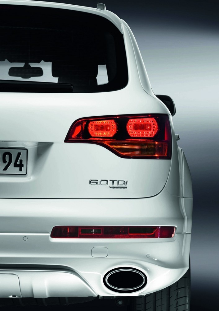 Audi Q7 >> Audi Q7 V12 TDI Quattro (12/27)