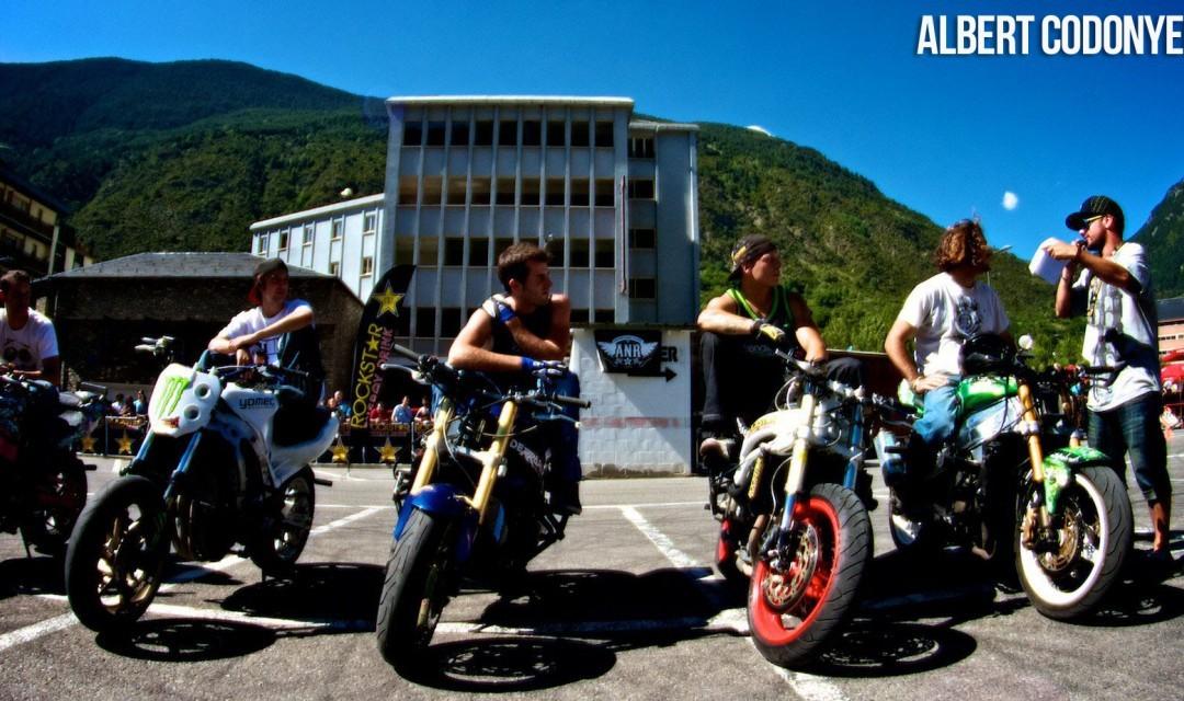 Foto de Éxito del primer campeonato de Freestyle Stunt Riding Encamp 2011 (3/18)
