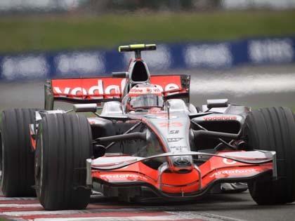 Kovalainen firma en Silverstone su primera pole