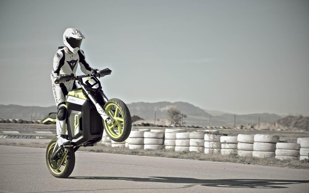 Foto de Salón de Milán 2012: Volta Motorbikes entra en la fase beta de su motocicleta - Volta BCN Track (21/28)
