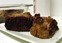 Brownies de chocolate negro y nubes. Receta