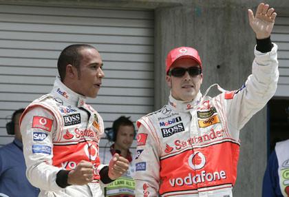 McLaren intenta mediar entre Alonso y Hamilton