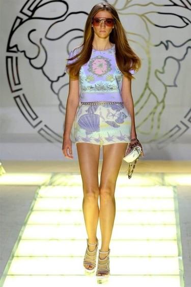 Versace Primavera-Verano 2012: Bajo del mar, siendo sirena eres feliz...