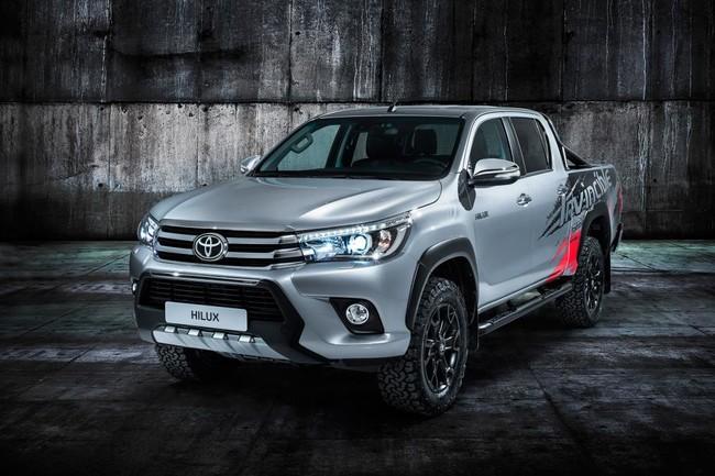 Toyota Hilux Invincible 50, la mejor forma de apagar 50 velitas