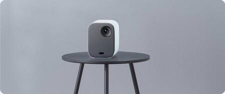Xiaomi lanza el Mi Smart Projector 2: un proyector con el que disfrutar del cine en casa por menos dinero