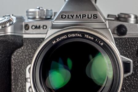 """Olympus confirma que no se pasará al full frame (ni se unirá a la alianza L Mount) y prepara novedades """"jugosas"""" para este año"""