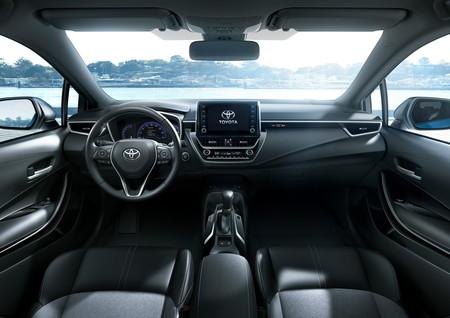 Toyota Corolla Hatchback 16