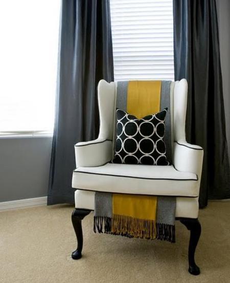 Una buena idea: dos mantas en el sillón