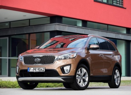 Kia Sorento 2015 1024x768 Wallpaper 03