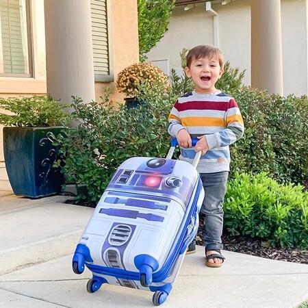 Fichamos cinco maletas ideales para niños que viajan con su propio equipaje