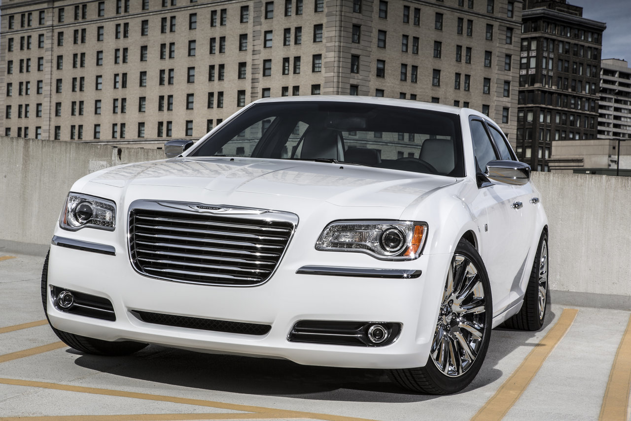 Foto de Chrysler 300C Motown Edition (14/21)