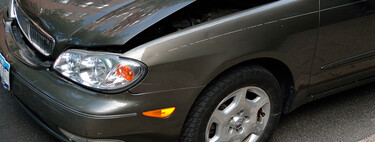 Así funciona la app para hacer partes amistosos del seguro del coche desde el teléfono móvil