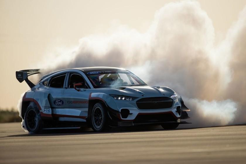 "Ford crea un brutal Mustang Match-E de 1.400 caballos para ""demostrar las posibilidades de la propulsión eléctrica"""