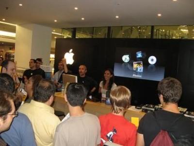 Fotos de la inauguración oficial de la Apple Shop de Fnac Triangle
