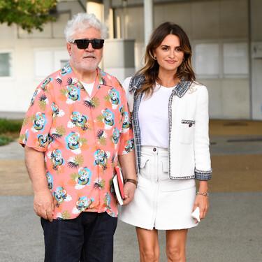 Blanca y radiante desembarca Penélope Cruz en el Festival de Cine de Venecia 2021