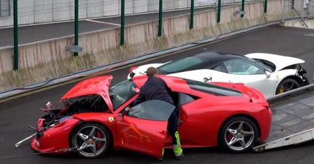 Dolorpasión™: ensalada mixta de Ferrari 458 Italia en Eau Rouge