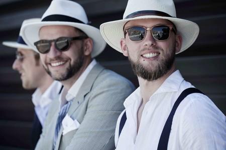 Comienza el Pitti Uomo y el street style ha hablado  el sombrero tipo  Panamá es el accesorio definitivo 716aebe7eeb