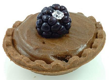 Pastelito de chocolate con diamante de corte Asscher: sí, quiero