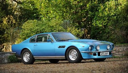 Aston Martin 1981 V8 Vantage 1