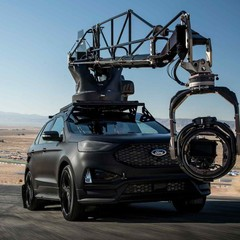 ford-edge-st-camera-car