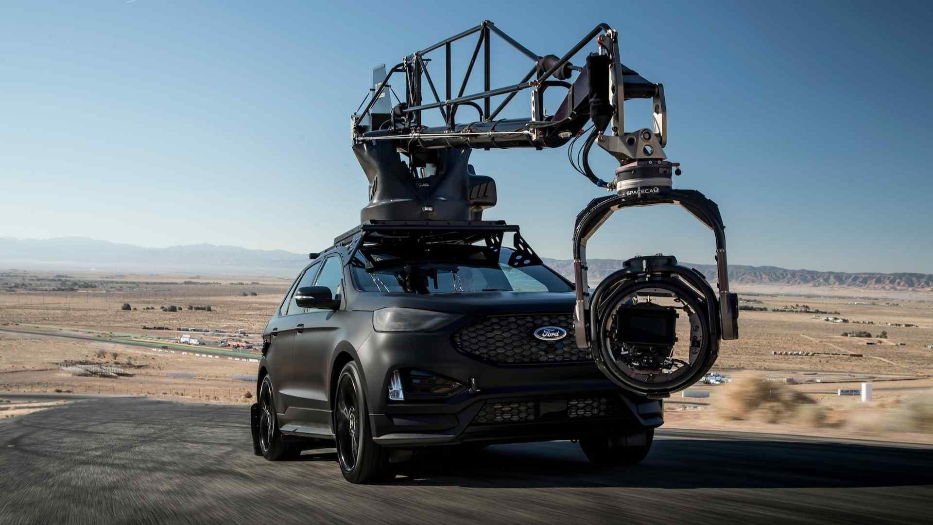 Foto de Ford Edge ST Camera Car (1/40)