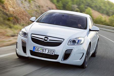 Opel Insignia OPC, imágenes oficiales y presentación en Barcelona