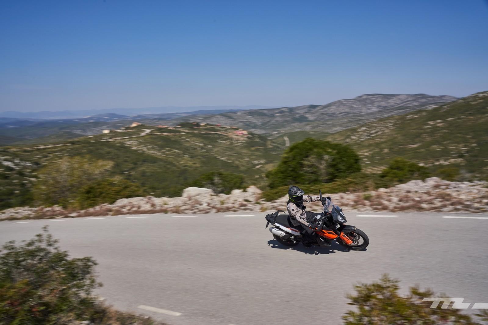 Foto de KTM 790 Adventure 2019, prueba (28/128)