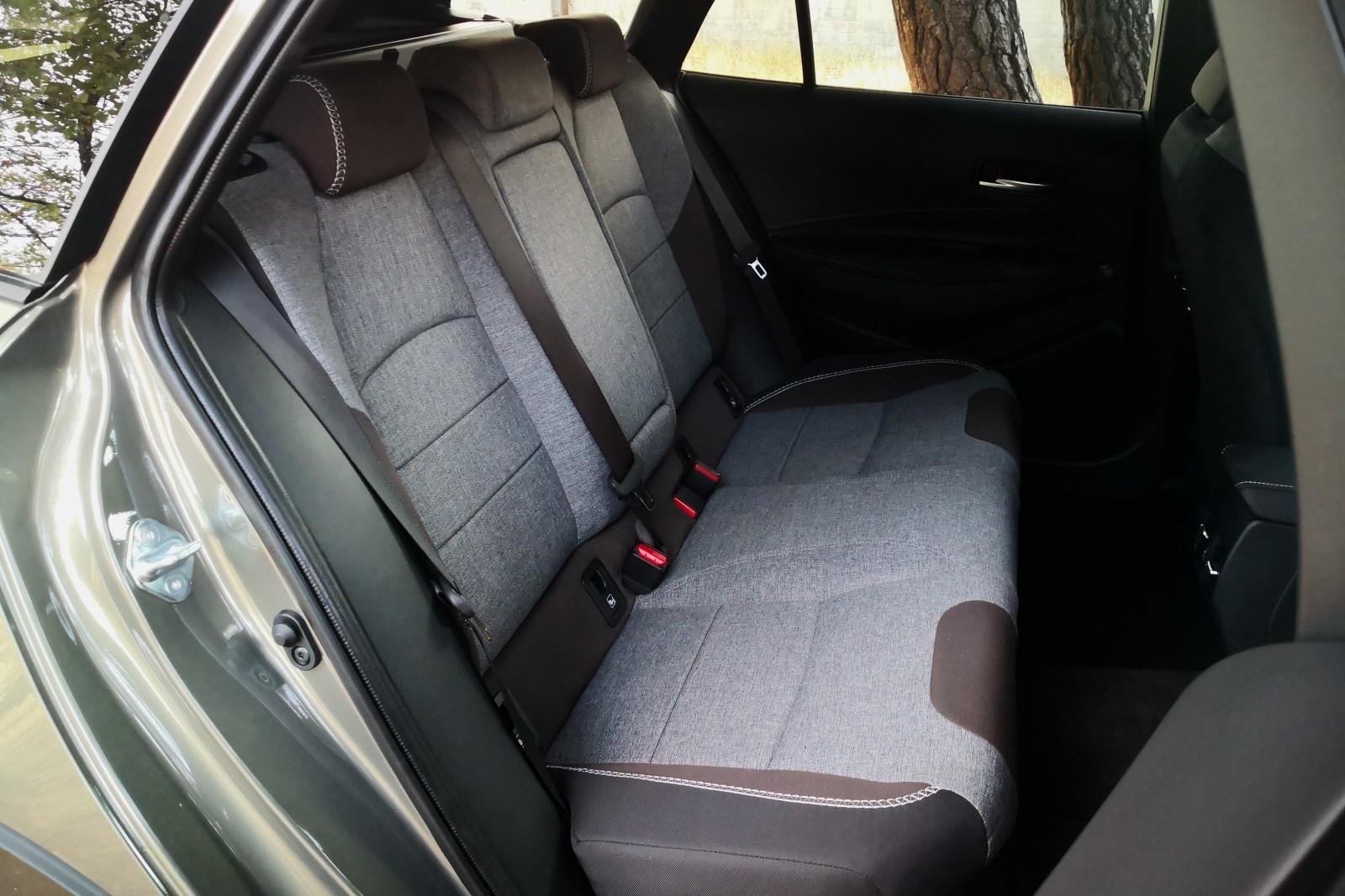 Foto de Toyota Corolla Trek - Imágenes interiores (12/18)