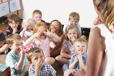 Una profesora de educación infantil comparte en Twitter las ocurrencias de sus alumnos de tres y cuatro años, y nos han encantado