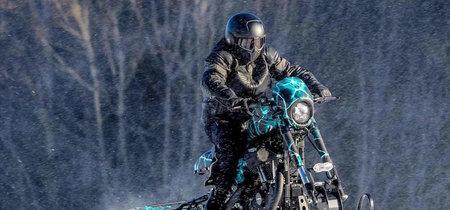 De Sportster a dragster de nieve, mira cómo este engendro está dispuesto a salvar vidas en la montaña