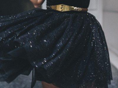 Duelo de vestidos (navideños): Maje está de moda