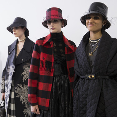 Clonados y pillados: esta es la chaqueta de Dior vista en la nueva colección de Pull & Bear