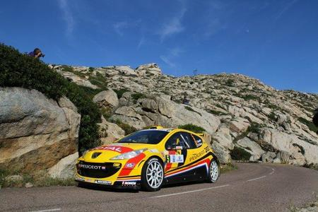 Thierry Neuville manda después de las dos primeras etapas del Tour de Corse