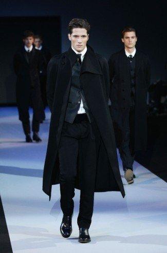 la de Semana la Moda Armani de Invierno Emporio en 20112012 Otoño 7Yv7XB8