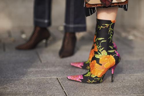 ¡Alerta! El street style está siendo invadido, estos son los botines virales del otoño (versión lowcost incluida)